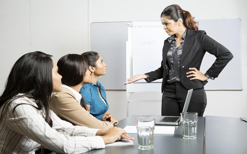 Manfaat Memiliki Bos Yang Kejam