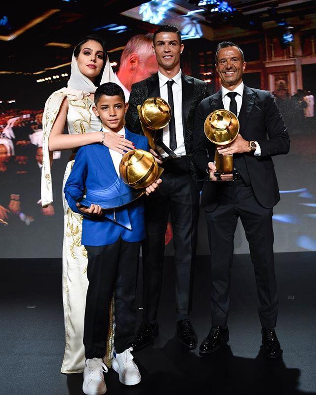 Cristiano Ronaldo Berniat Pensiun Di Sporting Lisbon