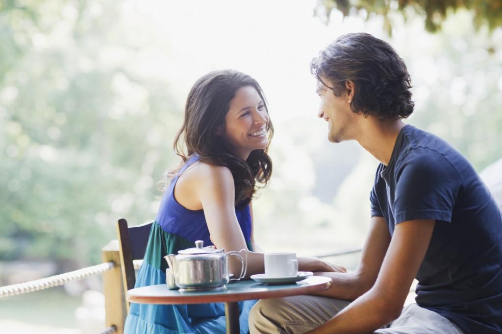 Fakta, Saat Sedang Jatuh Cinta Pria Akan Lebih Perhatian Dan Melindungi