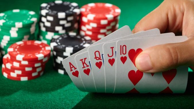 Mengulas Tentang Permainan Poker